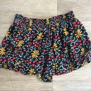Float floral shorts